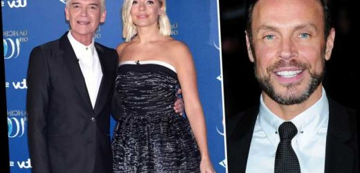 Ex-Dancing On Ice judge Jason Gardiner makes bizarre dig at Holly Willoughby's 'massive' boobs in stand-up show – The Sun