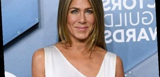 Jennifer Aniston Proves Less Is More at the SAG Awards in Satin Gown