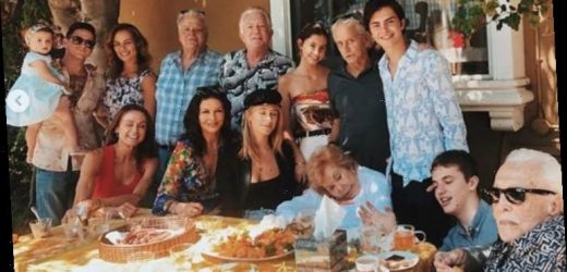 Kirk Douglas proudly seen with four generations in last family photo before death at 103