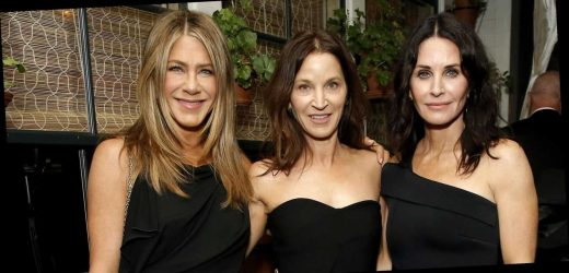 Jennifer Aniston Parties After the Oscars in a Little Black Dress
