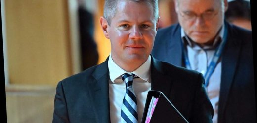 Scotland finance minister Derek Mackay resigns after texts to 'cute' 16-year-old boy reported