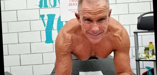Ex-US Marine sets Guinness record by holding plank for more than 8 hours