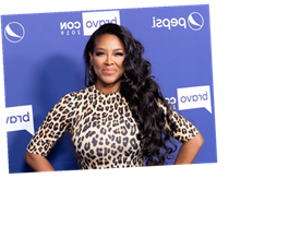 'RHOA': Fans Drag Kenya Moore Over 'Cookie Lady', Dig Up Her Criminal Past