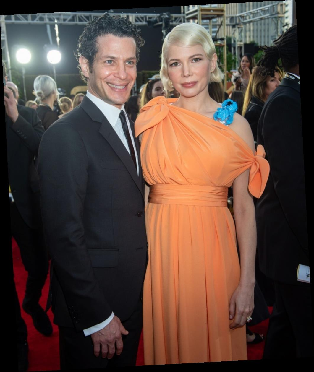 Michelle Williams & Thomas Kail quietly got married at some point in the past month