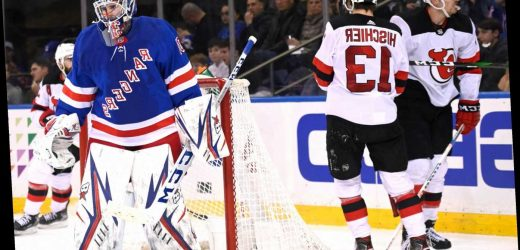 Rangers' playoff surge slowed in ugly loss to Devils