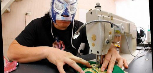 Mexican wrestlers tackle the coronavirus with 'Lucha Libre' face masks