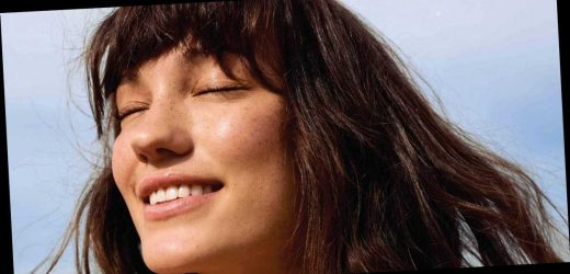 Here's Exactly How To Cut Or Trim Your Own Bangs At Home