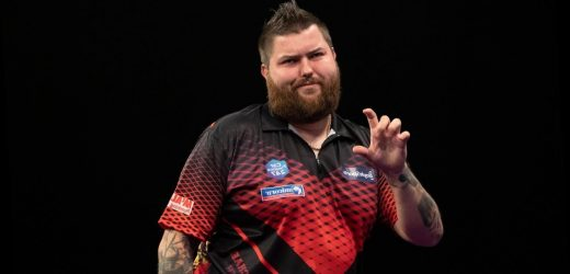 PDC Home Tour: Michael Smith crashes out as Martijn Kleermaker progresses