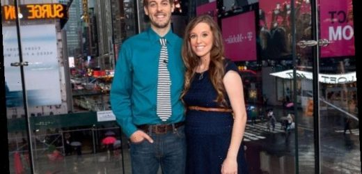 'Counting On' Fans Blast Derick Dillard's New Look — He 'Looks Like the Dude You Warned Your Kids About'