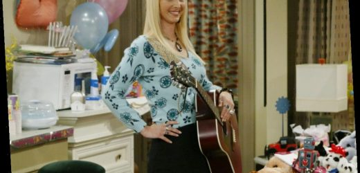 'Friends': Lisa Kudrow Explains Why Ursula Is So Mean