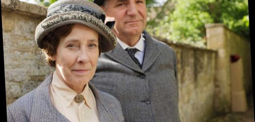 'Downton Abbey' star wishes she knew why show was so popular