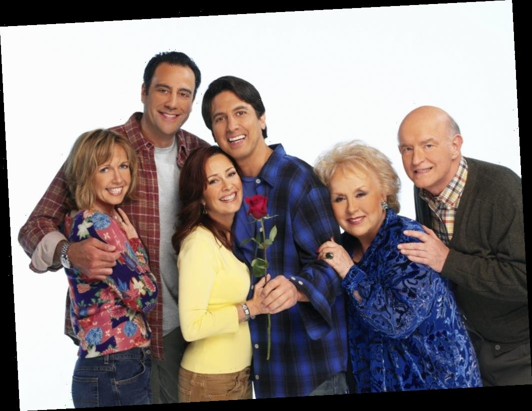 'Everybody Loves Raymond': This Cast Member Admitted To Being a 'High-Functioning Alcoholic' During Season 1