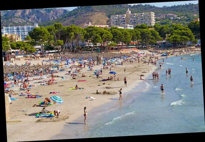 Majorca and Ibiza 'party tourists' blamed for coronavirus spikes in Italy and Germany after coming back from hols