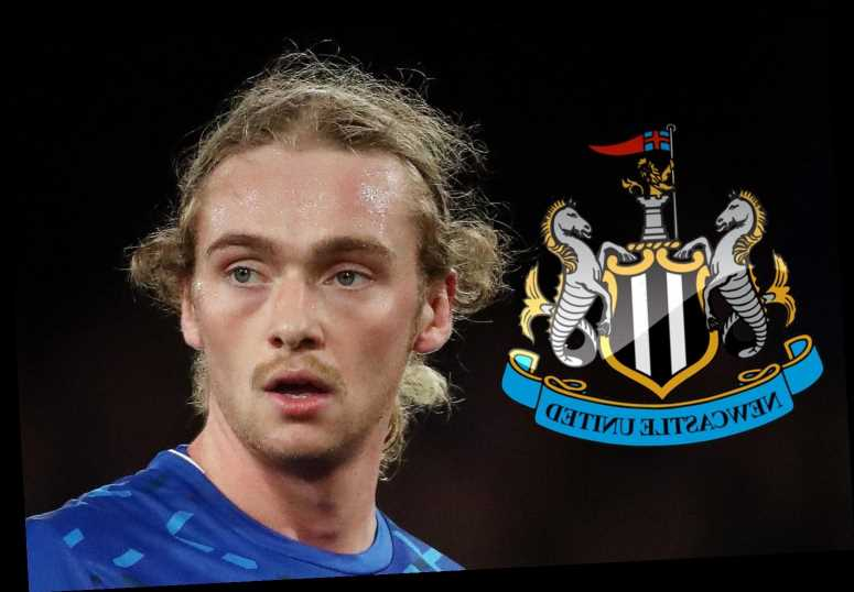 Newcastle line up £12m transfer bid for Everton midfielder Tom Davies as Steve Bruce eyes homegrown core