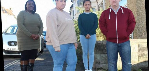 Teen, 17, who's 18st is jealous of her slim twin and blames parents' snacking for her size on It's Your Fault I'm Fat