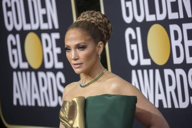 Jennifer Lopez to Receive 2020 People's Icon Award