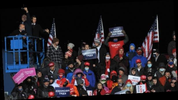 Hundreds of Trump supporters stuck on freezing cold Omaha airfield after rally