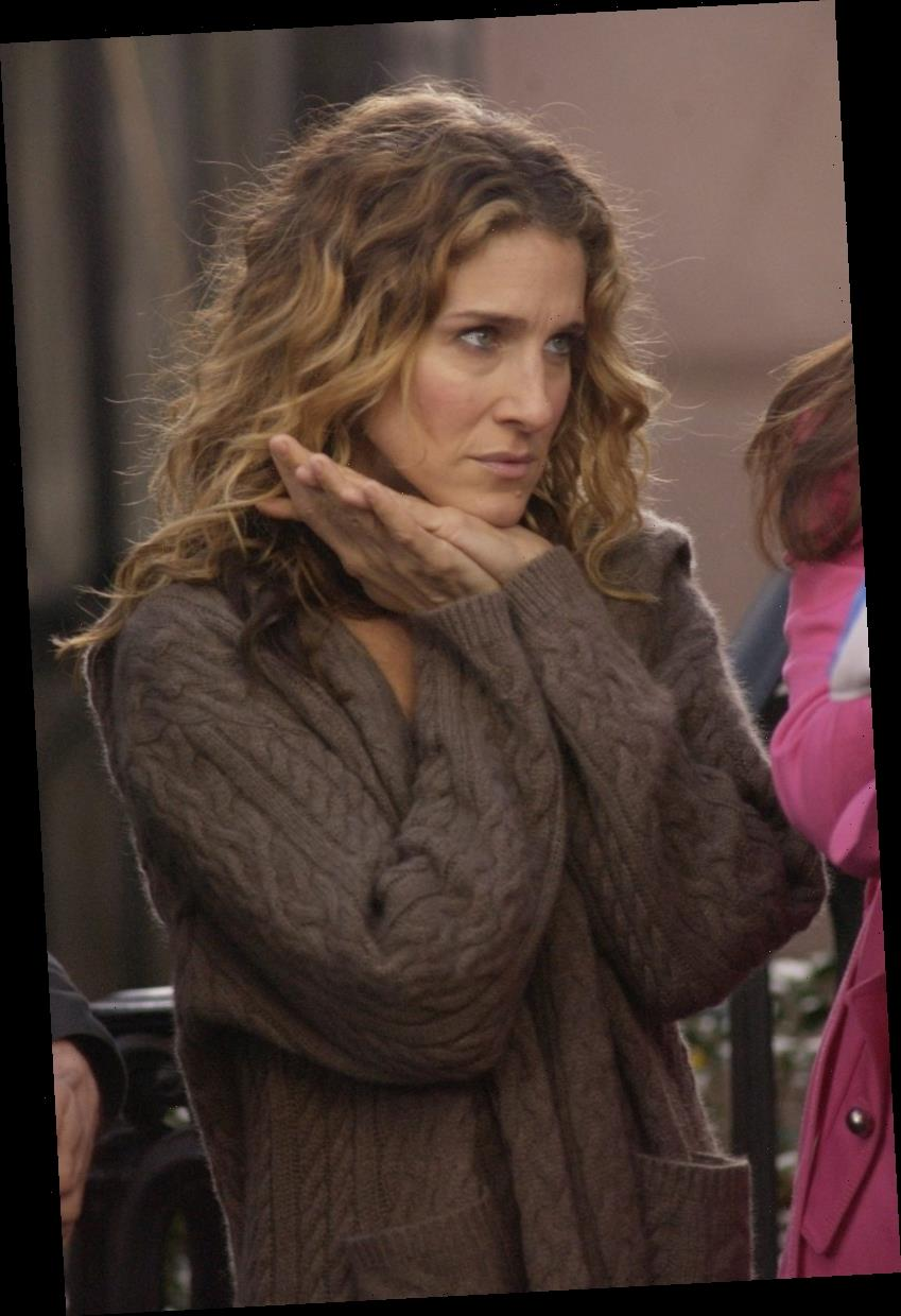 'Sex and the City': Carrie Bradshaw Did Pay Charlotte York Back, Says One of the Show's Writers