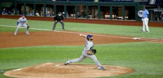 Clayton Kershaw Steadies Dodgers and Puts a World Series Within Reach