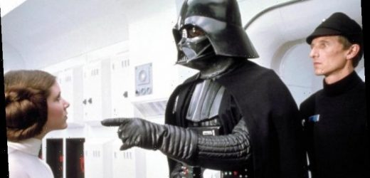David Prowse Dies: 'Star Wars' Actor Who Played Darth Vader Was 85