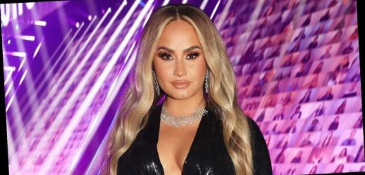 Demi Lovato Changed Into a Blonde Wig During the People's Choice Awards!