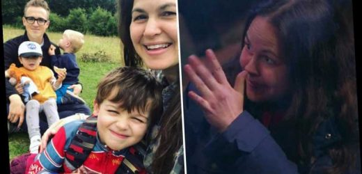 I'm A Celebrity's Giovanna Fletcher has been giving secret hand signals to reassure her children, husband Tom reveals