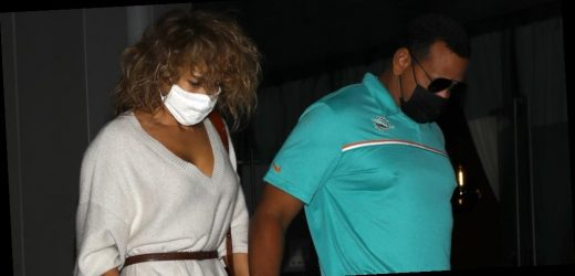 Jennifer Lopez & Alex Rodriguez Enjoy a Dinner Date Together
