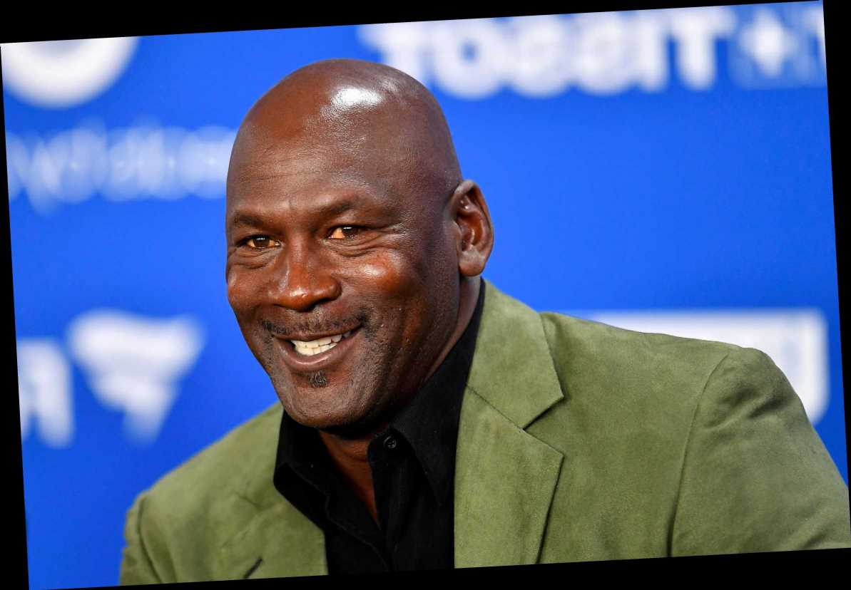 Michael Jordan's gifts to security guard in 'The Last Dance' going to auction