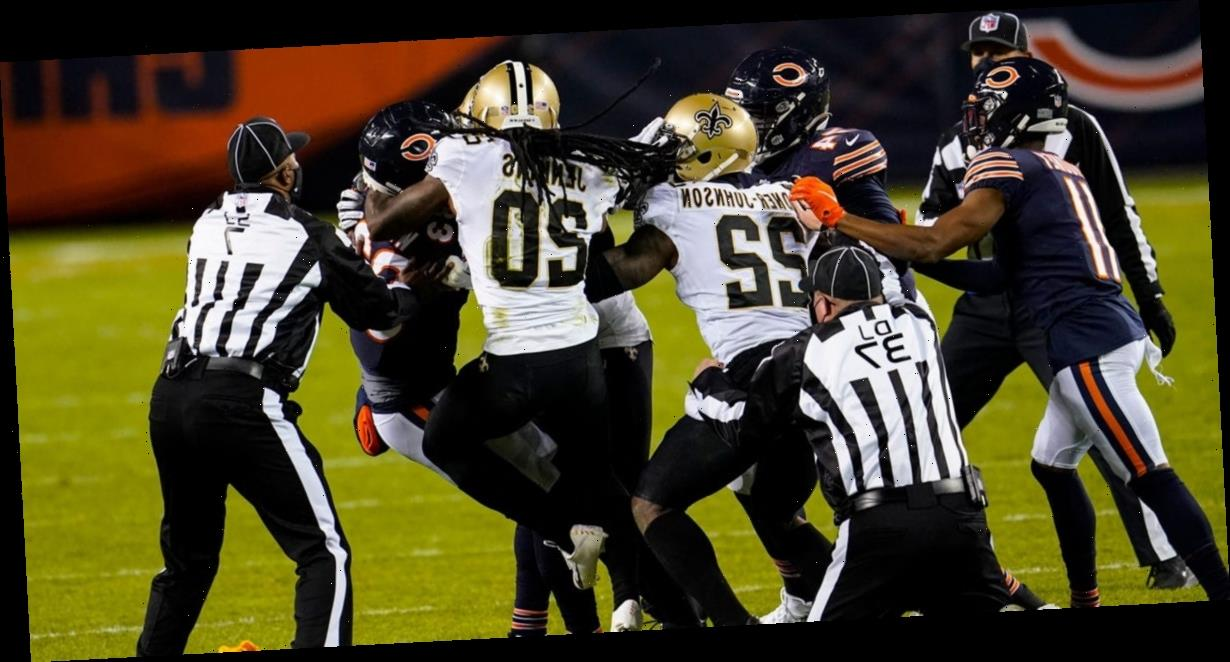 Chicago Bears wide receiver Javon Wims threw a punch at a player wearing a helmet and everyone is confused