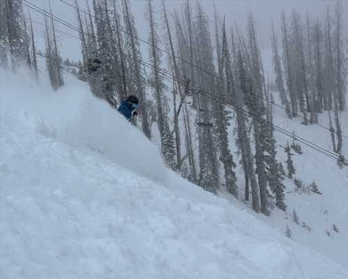 Wolf Creek ski area gets 28 inches of snow after storm