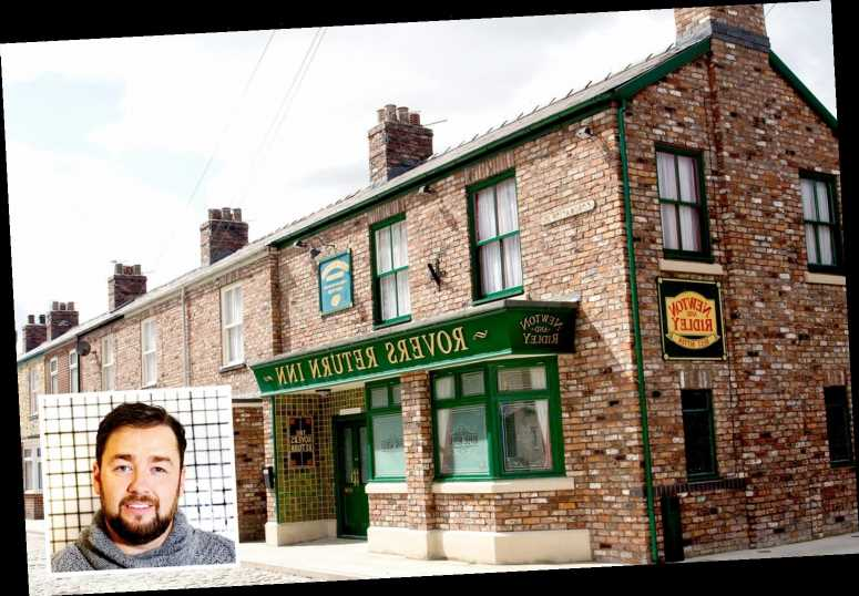 Coronation Street will lock comedian Jason Manford in the Rovers in live Twitter broadcast game