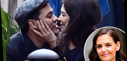 Katie Holmes is 'very supportive' of chef boyfriend Emilio Vitolo after restaurant shutdown amid Covid pandemic