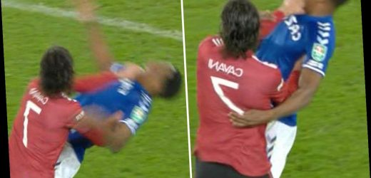 Edinson Cavani escapes red card after appearing to THROTTLE Yerry Mina with no VAR in Man Utd's win over Everton