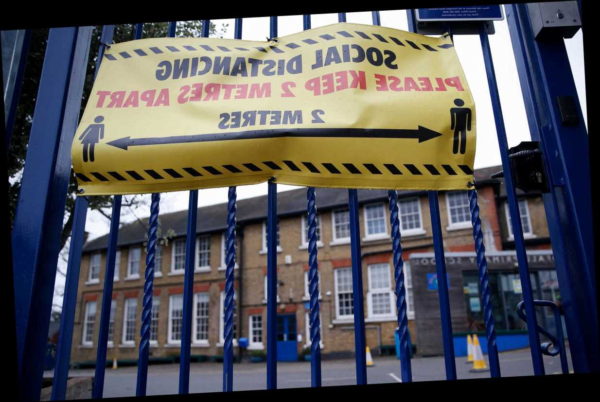 Covid classroom chaos for parents as primary schools across country stay shut in defiance of order to open
