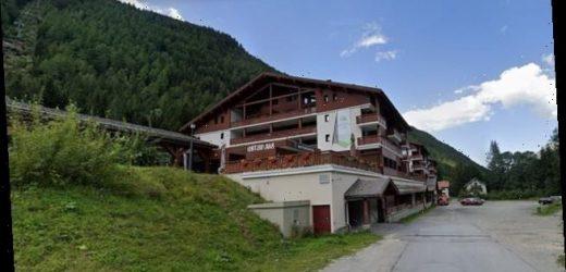 British 'gap-year students' are quarantined at a French ski resort