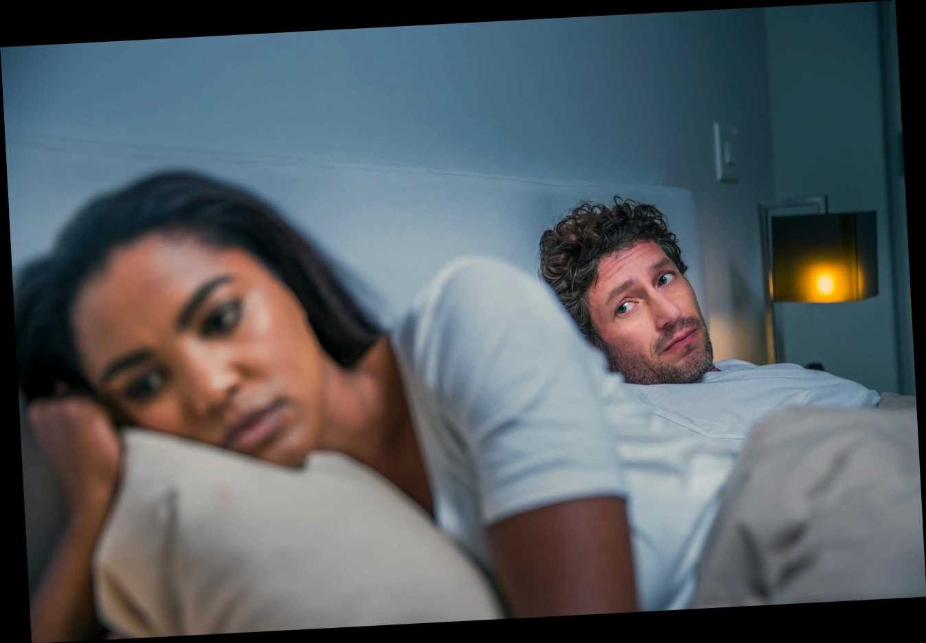 I don't want to lose my girlfriend but I can't get over my married ex-lover
