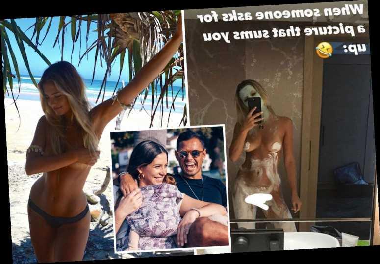 Ex-Man Utd star Javier Hernandez's stunning Wag Sarah Kohan poses naked in daring snap amid claims pair have split