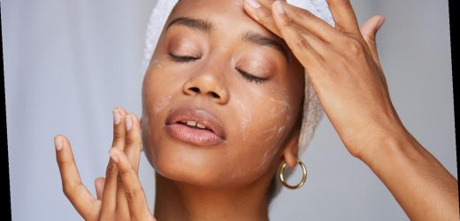 The 8 Best Clean Moisturizers for Dry Winter Skin