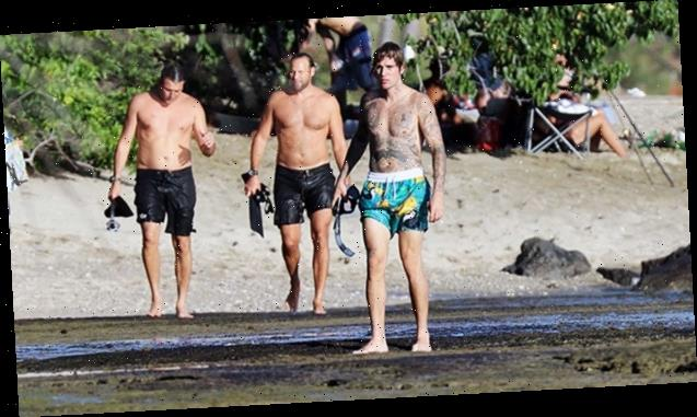 Justin Bieber Hits The Beach To Go Snorkeling With Pals In Hawaii: See Pics