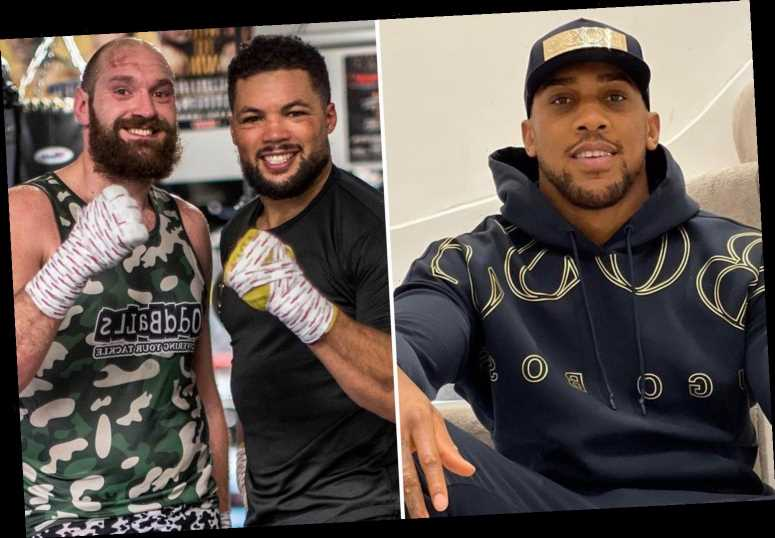 Joe Joyce breaks down how Tyson Fury will beat Anthony Joshua and reveals 'negative' AJ is 'wary of shots coming at him'
