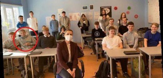 Teenager flips off Danish PM during classroom visit