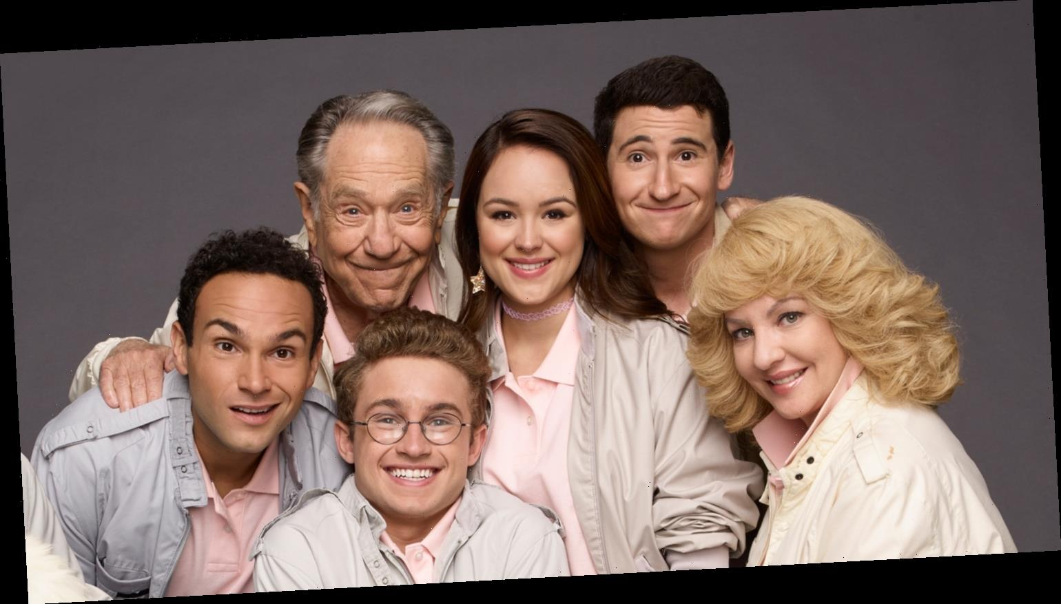 Sean Giambrone, Hayley Orrantia & More 'The Goldbergs' Stars Mourn The Loss of George Segal