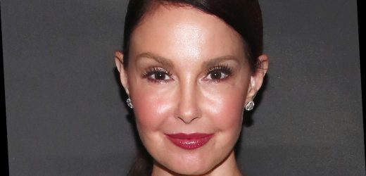 What Ashley Judd Texted Her Famous Sister After Her Leg Accident