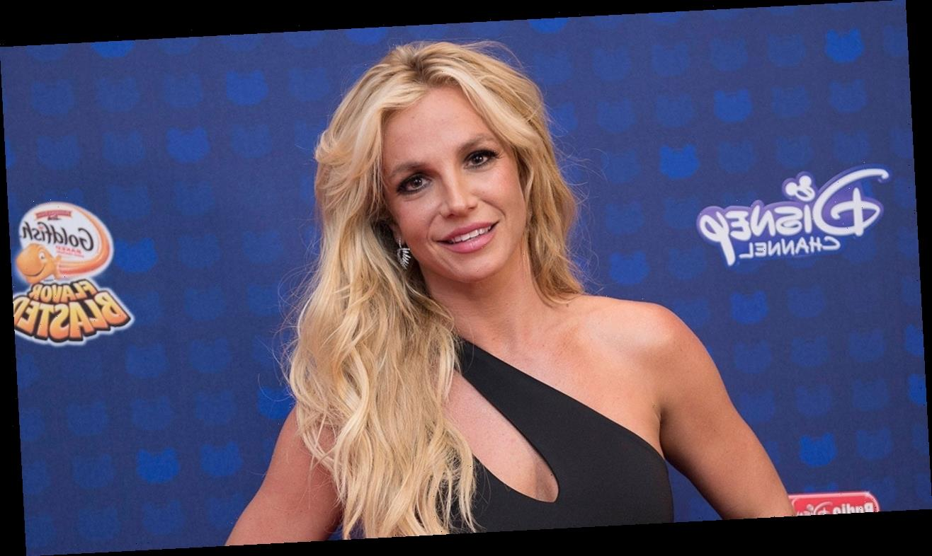 Britney Spears Posts Rare Photo With Her Teenage Sons
