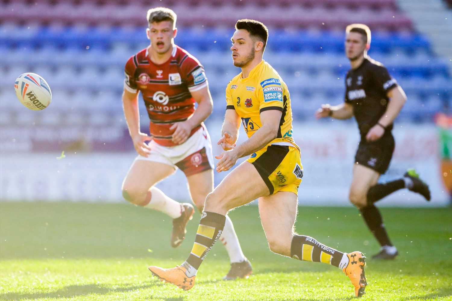 Niall Evalds reveals family's sacrifices for his career ahead of Salford reunion