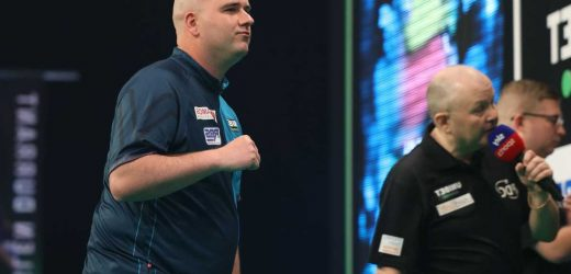 Rob Cross slams Wayne Mardle's 'irrelevant' criticism over his throwing style after Darts Premier League