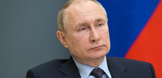 US expels Russian diplomats, imposes new round of sanctions