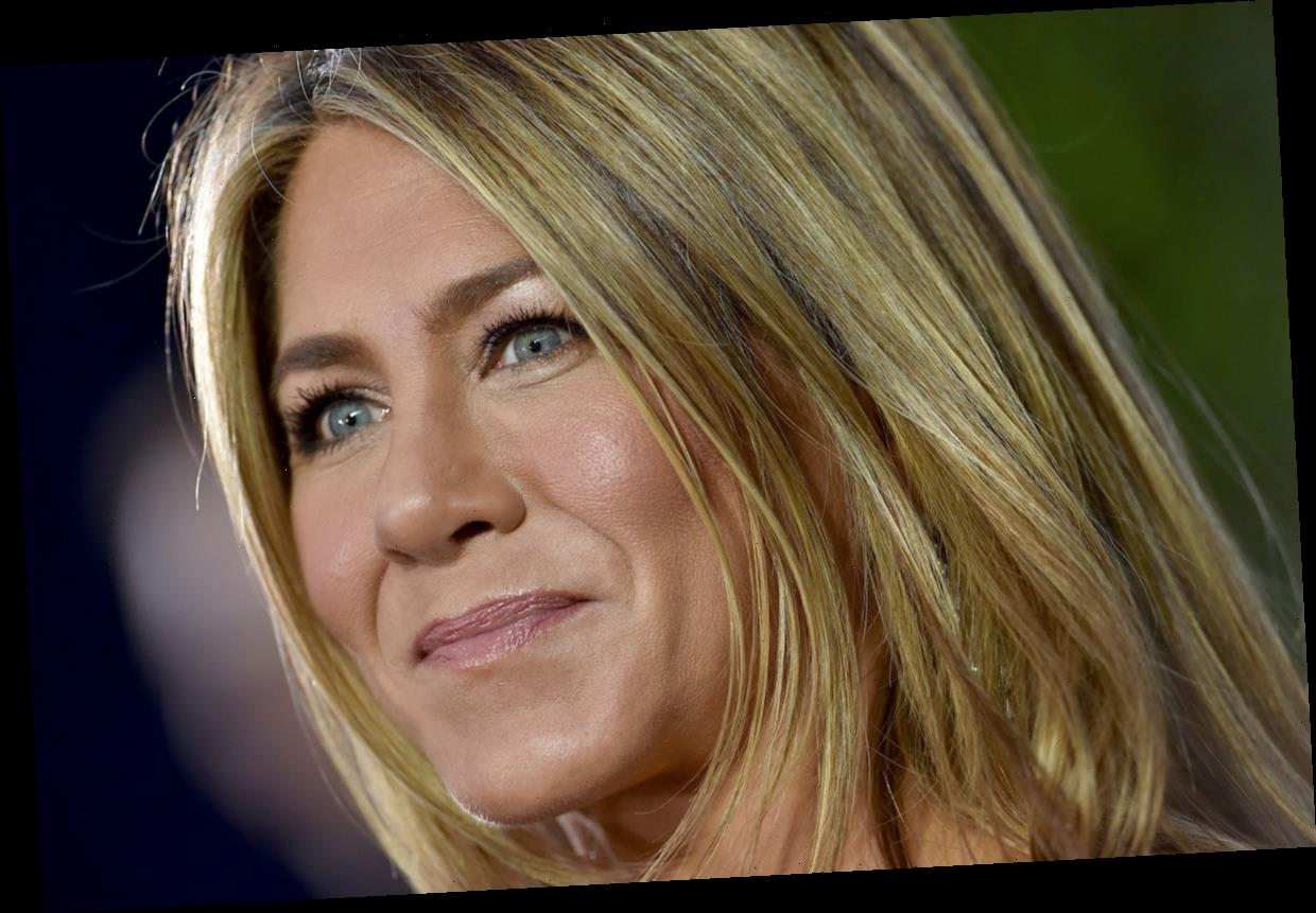 Jennifer Aniston's Hair Colorist Michael Canalé Reveals the Secret to Looking Fabulous Without Makeup