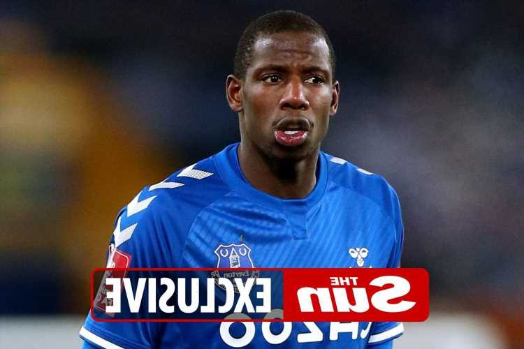 Everton star Abdoulaye Doucoure burgled sparking fears club is being targeted by criminals