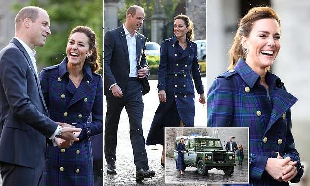 Kate & William arrive at drive-in cinema in Prince Philip's Land Rover